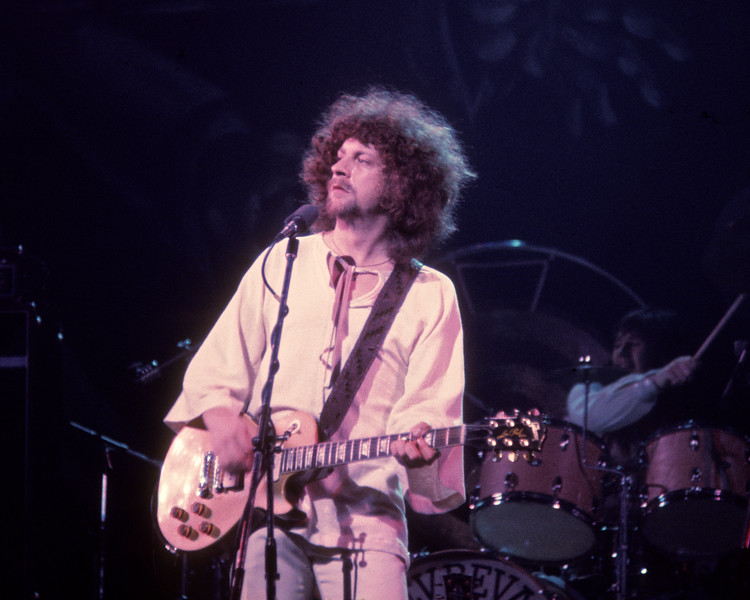 Jeff Lynne and Electric Light Orchestra at the Beacon Theater in New York City in 1976.
