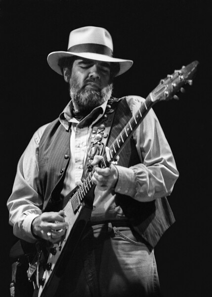 Lonnie Mack performs as the opening act for Stevie Ray Vaughan at the Greek Theater in Berkeley on October 11, 1985