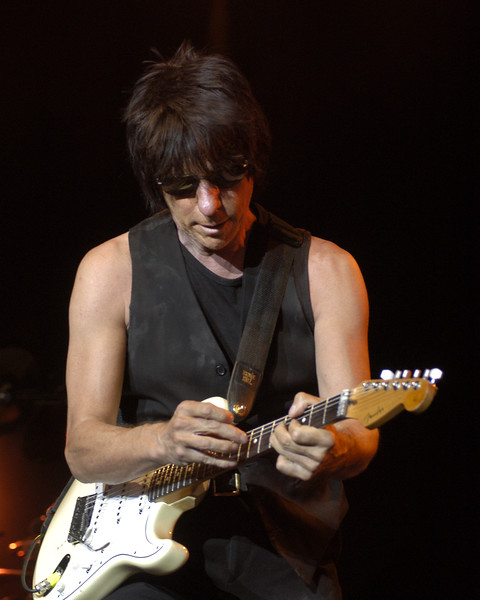 Jeff Beck performs at the Concord Pavilion in Concord, CA on 8-1-03 as part of his summer tour with B.B. King.