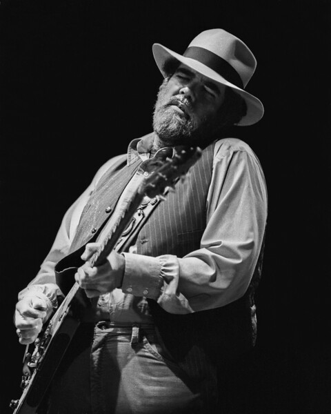 Lonnie Mack opens for Stevie Ray Vaughan at the Greek Theater in Berkeley in 1985.