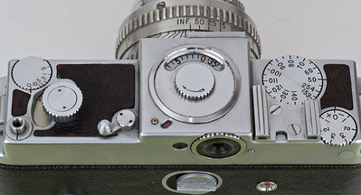 Kodak Ektra, showing frame counter at center