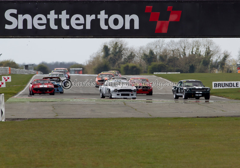 IMAGE: http://www.davidstallardphotography.com/ClassicSportsCarClubCSCC/CSCC-2012/CSCC-Snetterton-14-Apr-12/i-rv2Z7r6/1/L/S-14-04-12-0402-L.jpg
