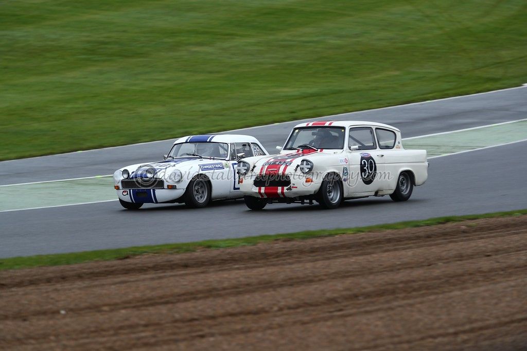 IMAGE: https://photos.smugmug.com/ClassicSportsCarClubCSCC/CSCC-2017/CSCC-Brands-Hatch-11-Nov-17/i-WnwV4BL/0/c417df99/XL/BH%2011-11-17%20%200803-XL.jpg