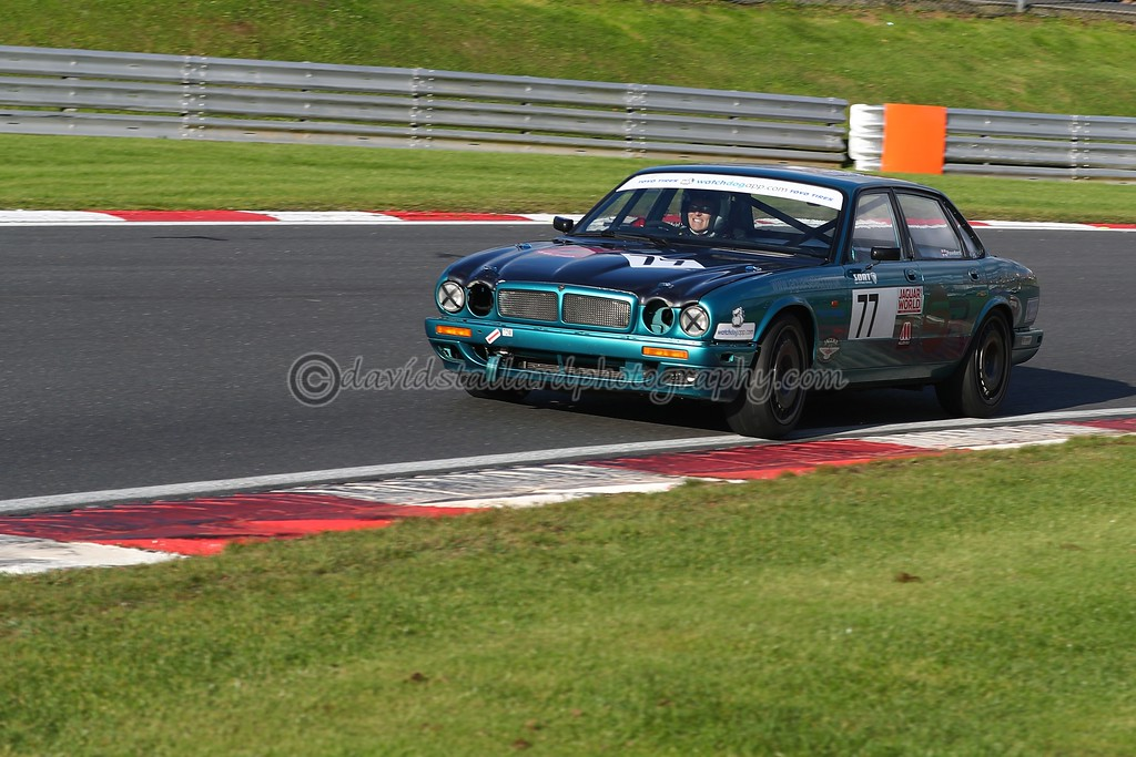IMAGE: https://photos.smugmug.com/ClassicSportsCarClubCSCC/CSCC-2017/CSCC-Brands-Hatch-12-Nov-17/i-4mSXZRj/0/6454f873/XL/BH%2012-11-17%20%200458-XL.jpg