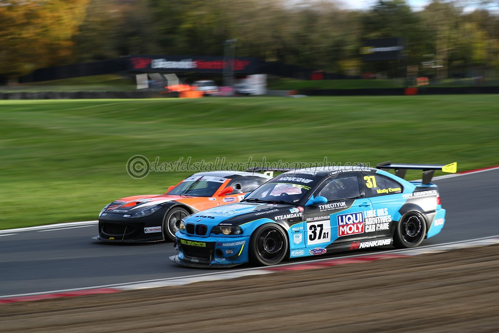 IMAGE: https://photos.smugmug.com/ClassicSportsCarClubCSCC/CSCC-2017/CSCC-Brands-Hatch-12-Nov-17/i-TSsQf5S/0/452ccd43/XL/BH%2012-11-17%20%200645-XL.jpg