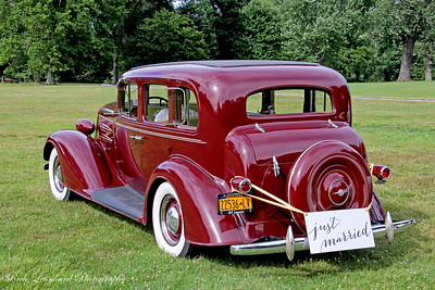 1934 Oldsmobile Super 8 at Old Westbury Gardens.