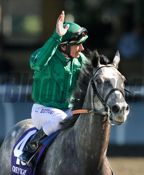 Jockey Lanfranco Dettori is all smiles after guiding Donativum to win the Breeders Cup Juvenile Turf at Santa Anita.