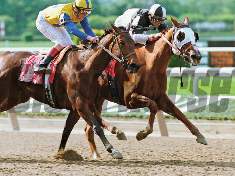 Three Ring defeats Better Than Honour in the Acorn Stakes on June 4, 1999.<br /> Photo by: Adam Coglianese/NYRA