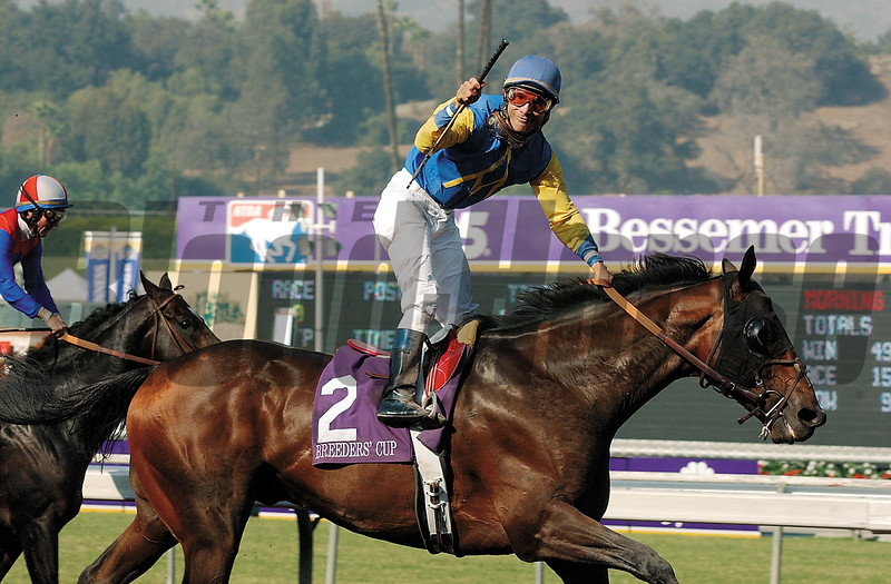 BREEDERS CUP 2003 ALEXANDER BARKOFF<br /> Alex Solis reacts after winning the Breeders Cup Classic<br /> aboard Pleasantly Perfect at Santa Anita Park Saturday October 25, 2003