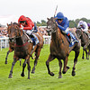 Blue Bunting (blue silks) wins the Yorkshire Oaks 2011 over Vita Nova