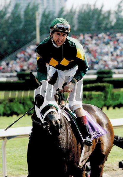 Cash Run wins the 1999 Breeders' Cup Juvenile Fillies<br /> Skip Dickstein Photo