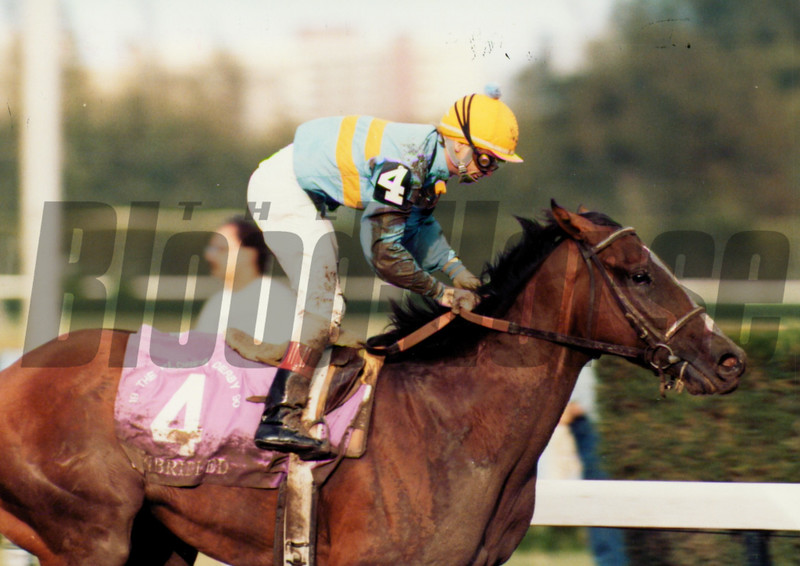 Unbridled wins the 1990 Florida Derby under Pat Day.