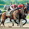 Victory Gallop (outside) nips Real Quiet in the Belmont to end his bid for the Triple Crown<br /> Coglianese Photos