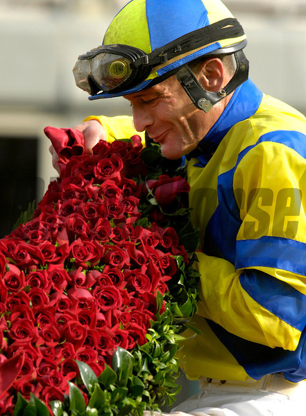 "Calvin""The Rail"" Borel smells the blanket of Roses after he and STREET SENSE won <br /> The Kentucky Derby<br /> Rick Samuels photo"