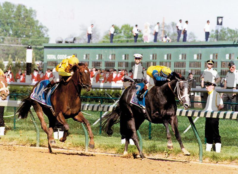 Winning Colors and jockey Gary Stevens wins the 1988 Kentucky Derby at Churchill Downs.<br /> Skip Dickstein Photo