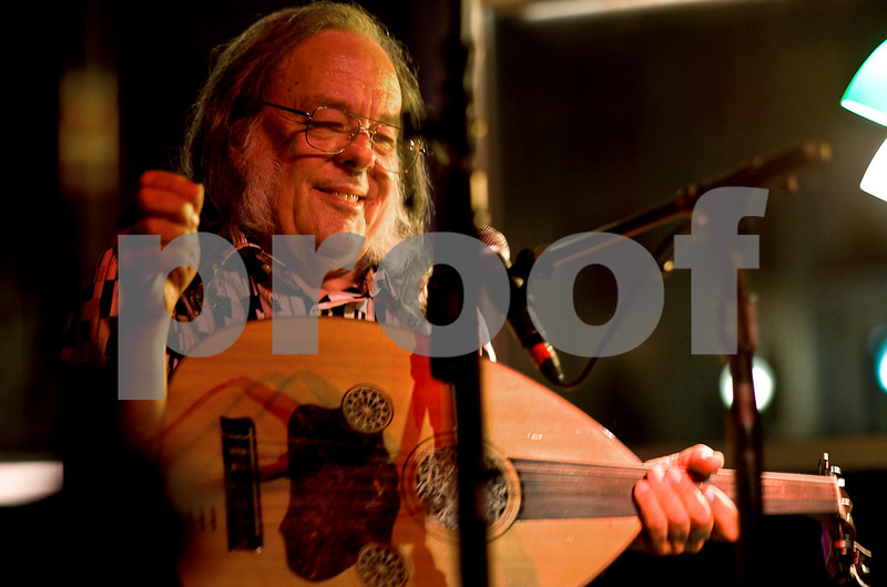 """David Lindley"""