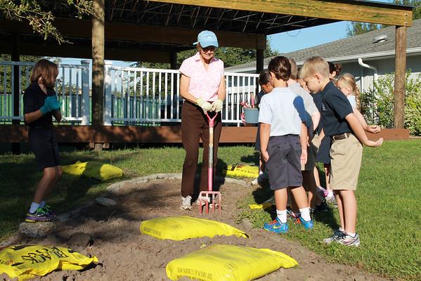3rd Grade Science: Gardening