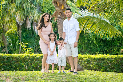 family-vacation-cancun-1