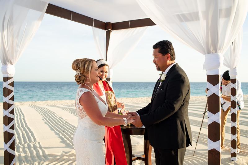 Cabo_beach_wedding_LeblanC_Los_Cabos_K&n-59