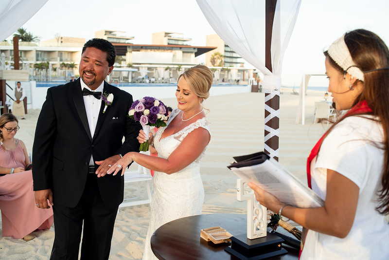 Cabo_beach_wedding_LeblanC_Los_Cabos_K&n-116