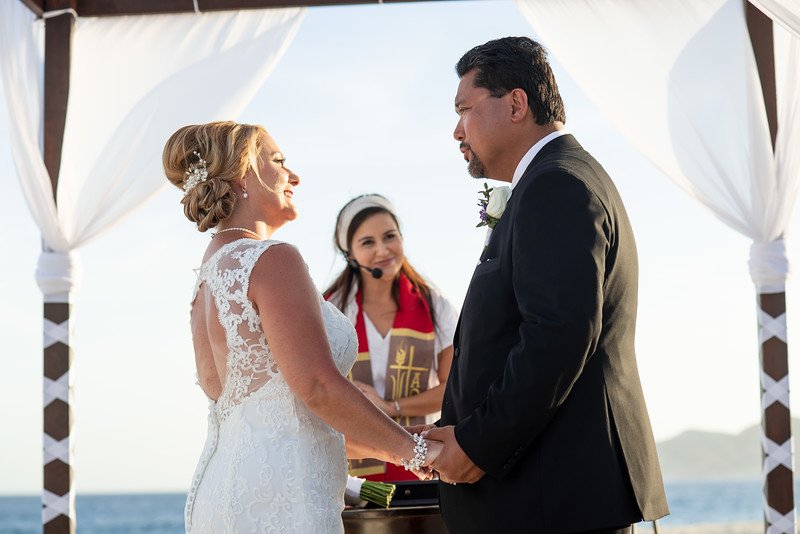 Cabo_beach_wedding_LeblanC_Los_Cabos_K&n-70