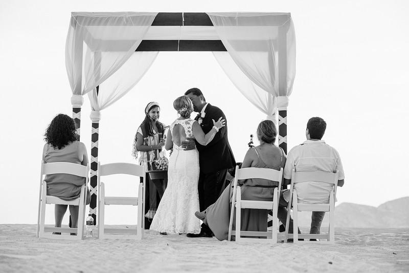 Cabo_beach_wedding_LeblanC_Los_Cabos_K&n-125