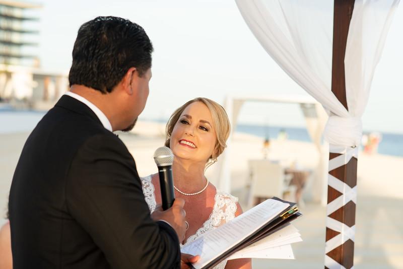 Cabo_beach_wedding_LeblanC_Los_Cabos_K&n-94