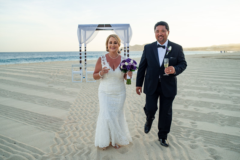 Cabo_beach_wedding_LeblanC_Los_Cabos_K&n-142