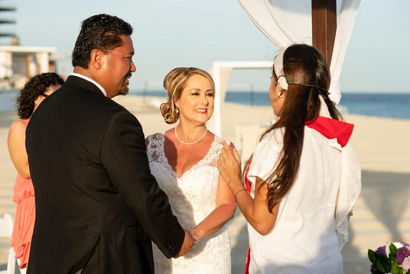 Cabo_beach_wedding_LeblanC_Los_Cabos_K&n-61