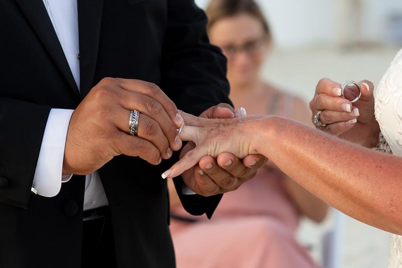 Cabo_beach_wedding_LeblanC_Los_Cabos_K&n-108