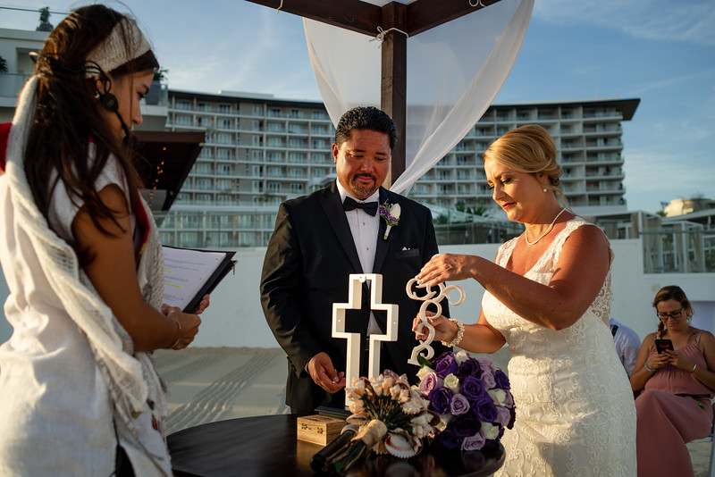 Cabo_beach_wedding_LeblanC_Los_Cabos_K&n-81