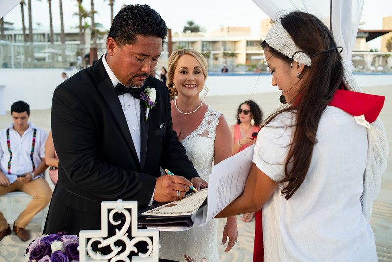 Cabo_beach_wedding_LeblanC_Los_Cabos_K&n-120