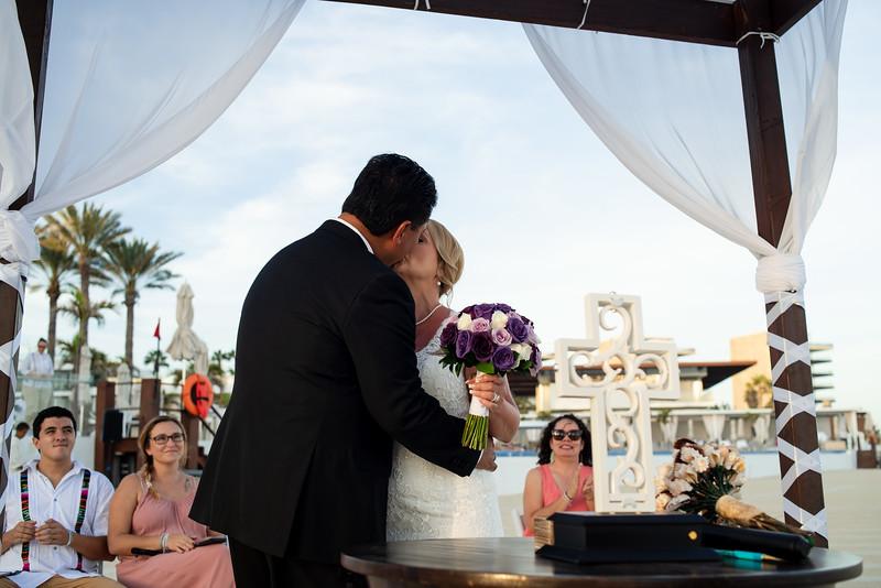 Cabo_beach_wedding_LeblanC_Los_Cabos_K&n-127