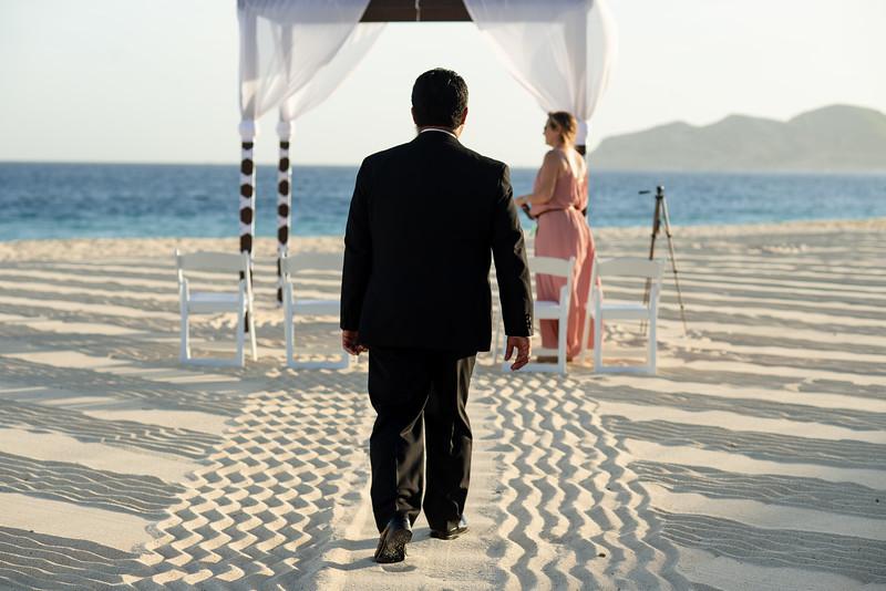 Cabo_beach_wedding_LeblanC_Los_Cabos_K&n-43