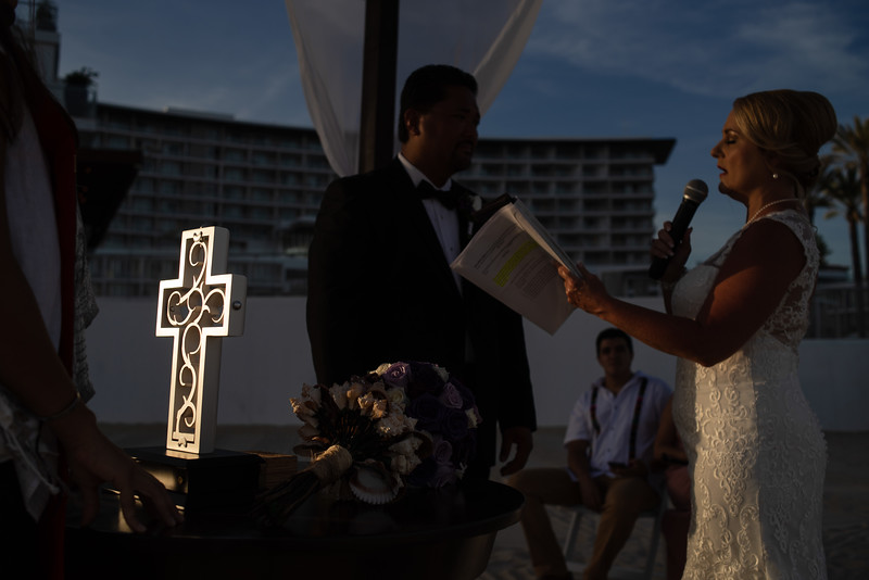 Cabo_beach_wedding_LeblanC_Los_Cabos_K&n-97