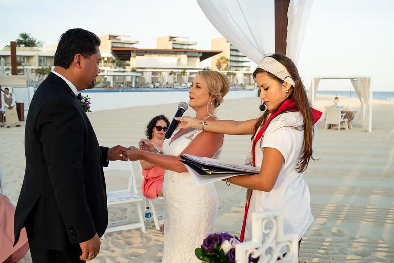 Cabo_beach_wedding_LeblanC_Los_Cabos_K&n-109