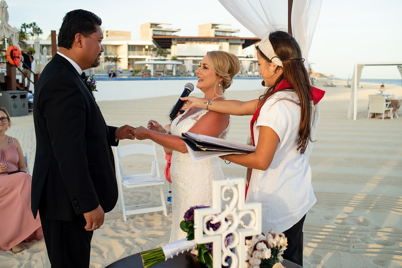 Cabo_beach_wedding_LeblanC_Los_Cabos_K&n-110