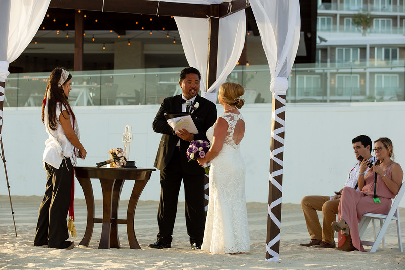 Cabo_beach_wedding_LeblanC_Los_Cabos_K&n-93