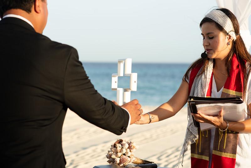 Cabo_beach_wedding_LeblanC_Los_Cabos_K&n-75