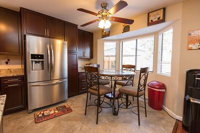 DSC_1768_kitchen