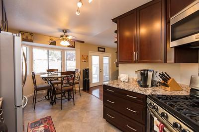 DSC_1766_kitchen