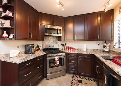 DSC_1764_kitchen