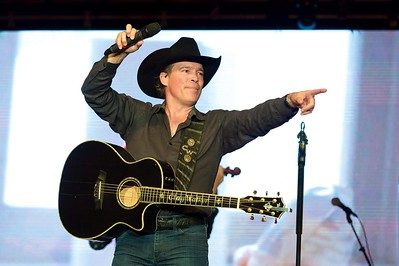 Clay Walker-Casino, NS