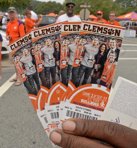 Clemson vs South Carolina State