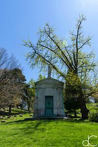 Brichtie - Winslow Mausoleum, April 2017.
