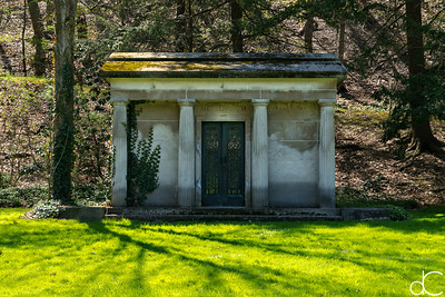 Metzenbaum Mausoleum, April 2017.