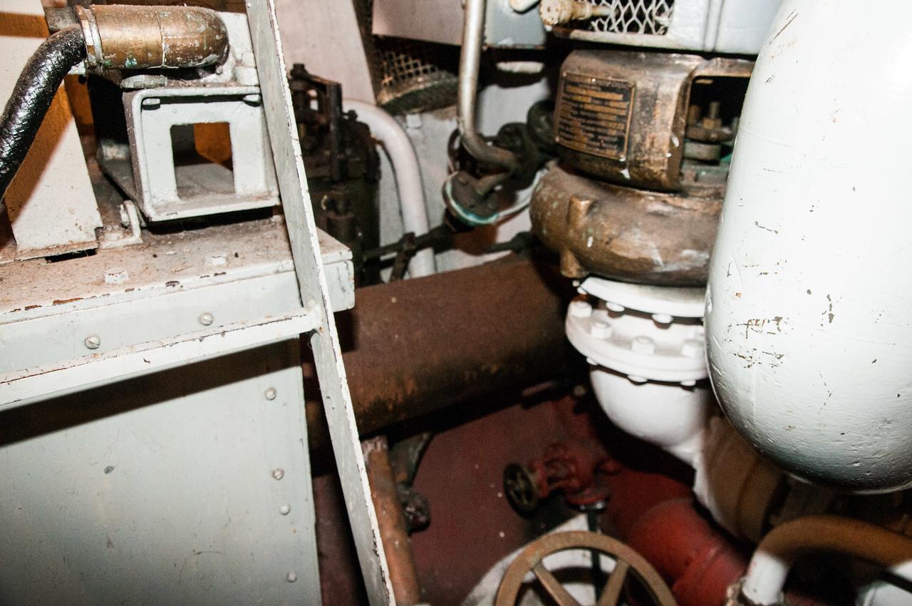 Rusty shaft, lube oil pump.