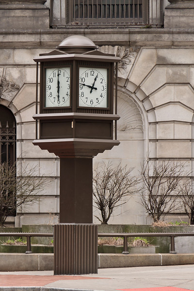 Intersection clock