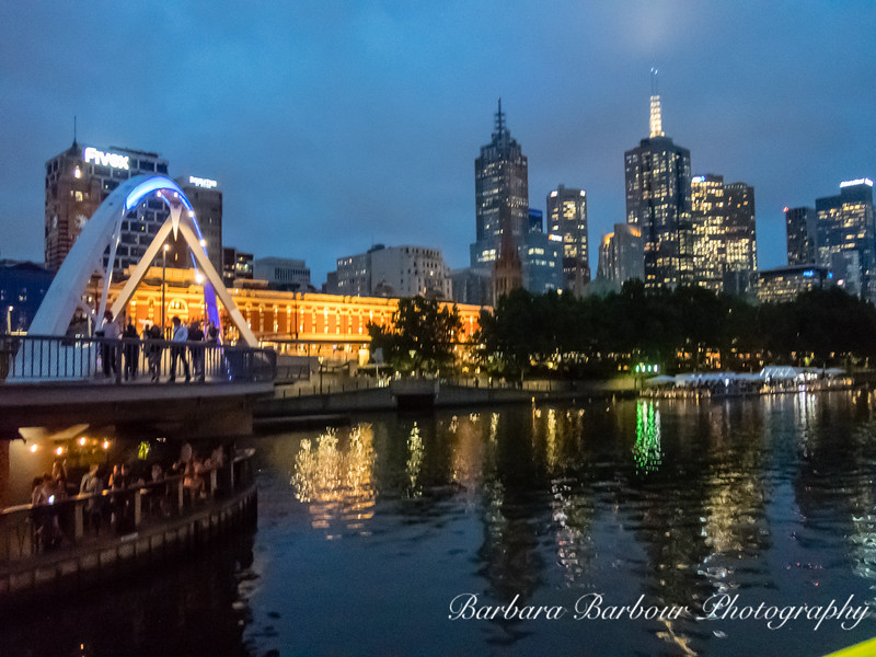 Yarra River  at sunset, in Melbourne