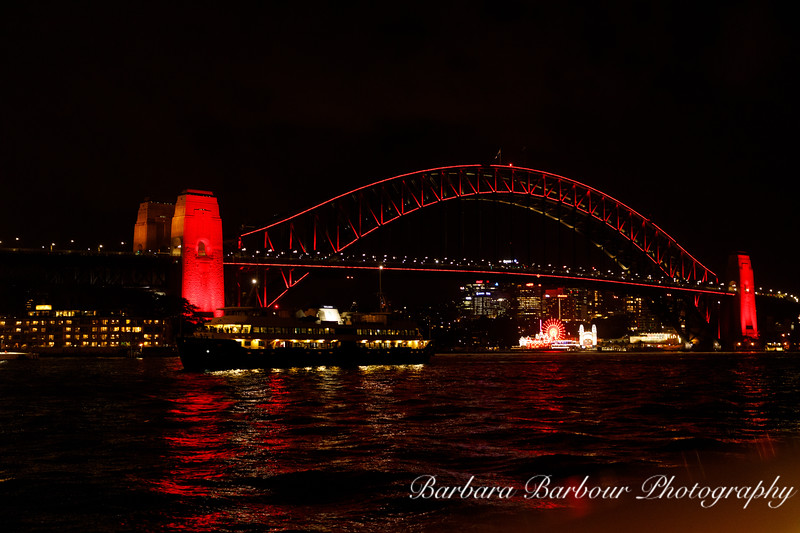 Illuminated Sydney Harbor bridge